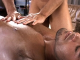 Tommy D Massage A Hot Stud