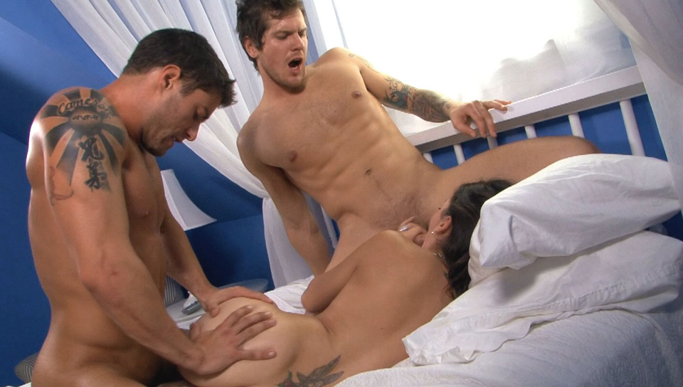 Watch Cody, Parker, And Kandi: Straight To The Point (Cody Cummings) Gay Porn Tube Videos Gifs And Free XXX HD Sex Movies Photos Online