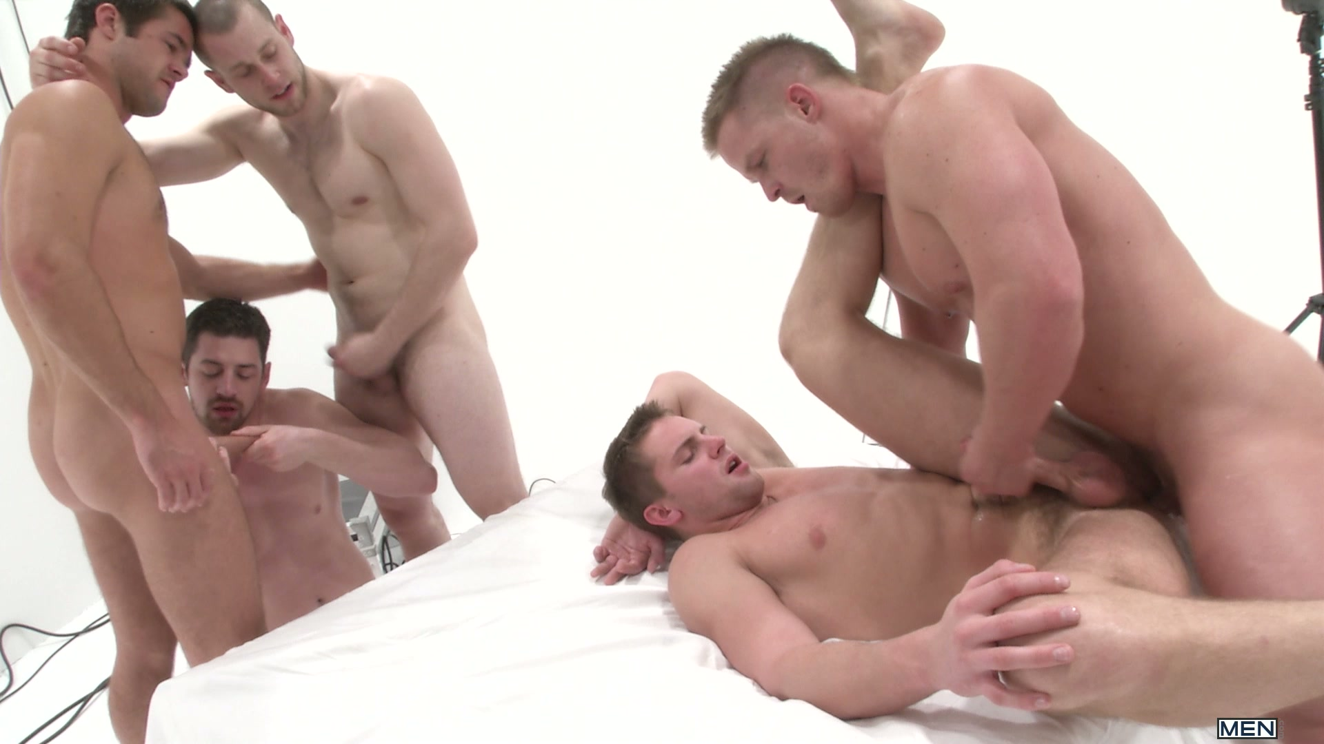 Watch The Room – Jo – Jizz Orgy – Andrew Stark – Mike De Marko – Jake Wilder – Kurt Von Ryder And Liam Magnuson (MEN.COM) Gay Porn Tube Videos Gifs And Free XXX HD Sex Movies Photos Online