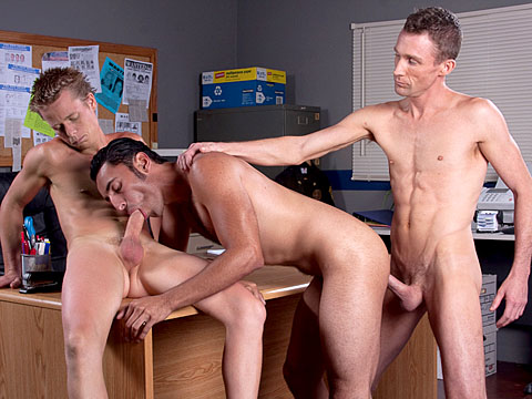 Watch Kayden Pierce, Jake Campbell And Gianni Luca (Hot Barebacking) Gay Porn Tube Videos Gifs And Free XXX HD Sex Movies Photos Online