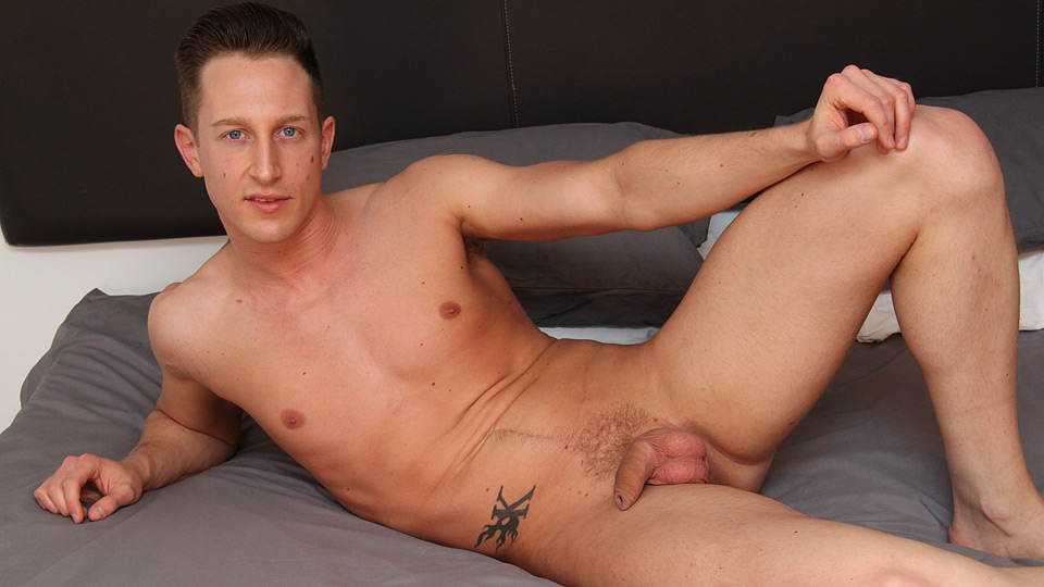 Watch Kingsley Arrives For His Solo – Kingsley Rippon (Blake Mason) Gay Porn Tube Videos Gifs And Free XXX HD Sex Movies Photos Online