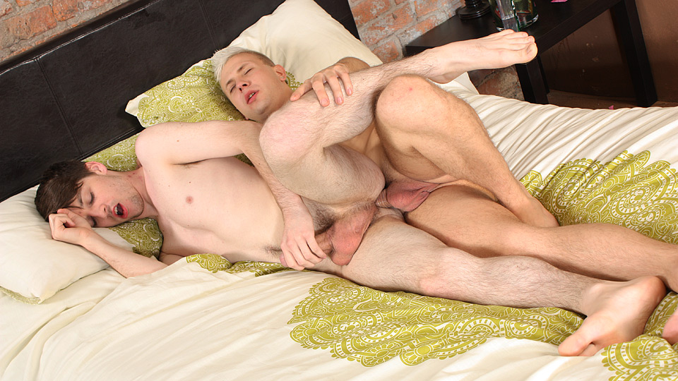 Watch Edwin Gets It Good And Deep – Deacon Hunter And Edwin Sykes (Blake Mason) Gay Porn Tube Videos Gifs And Free XXX HD Sex Movies Photos Online