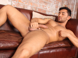 Brazilian Hunk Bruno Strokes It – Bruno Bernal