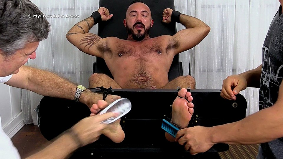 Watch Hairy Stud Alessio Romero Gets Tickle Tortured – Mff0577_Alessiotic (My Friends Feet) Gay Porn Tube Videos Gifs And Free XXX HD Sex Movies Photos Online