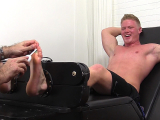 6AndAmp;#039;3AndAmp;Quot; Seamus Tied And Tickle Tortured – Seamus