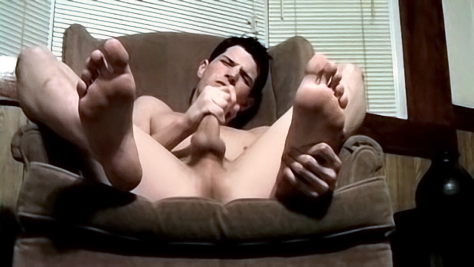 Watch Handsome Benz And His Sexy Big Feet – Benz Johanssen (Toegasms) Gay Porn Tube Videos Gifs And Free XXX HD Sex Movies Photos Online