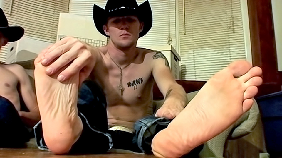 Watch Cowboy Feet And Dick Stroking! – Ty And Lee Barstow (Toegasms) Gay Porn Tube Videos Gifs And Free XXX HD Sex Movies Photos Online